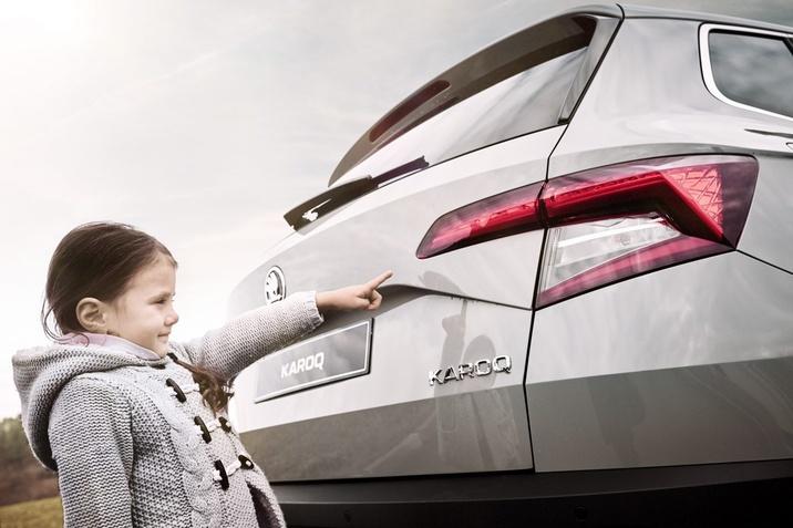 13 intrebari puse de copii in masina